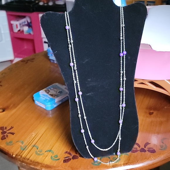 Double chain necklace with beads